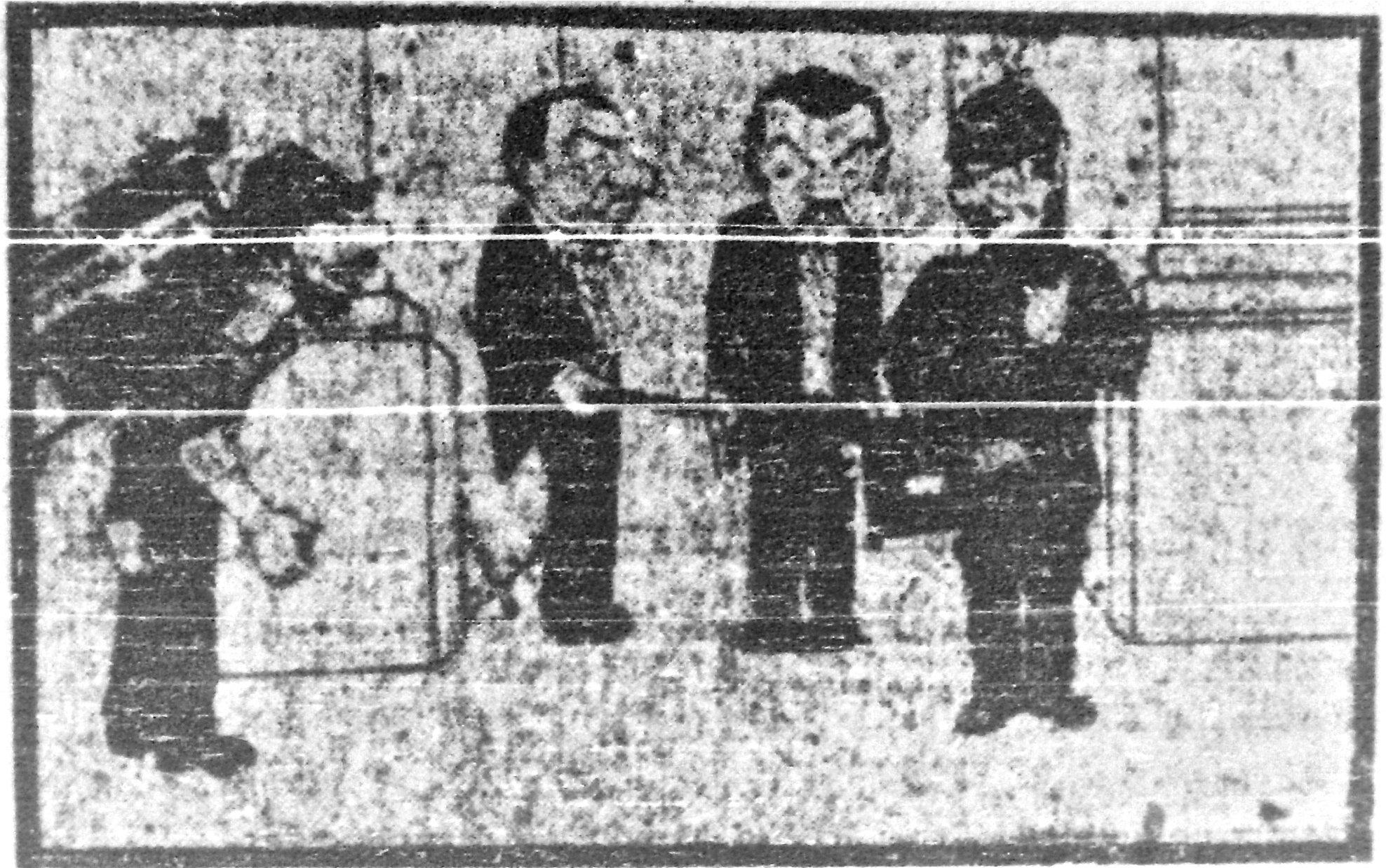 1921-08-01_LUN.Stgo; TDM_PrimeraPelicula (6foto_3de3)_25042013.jpg