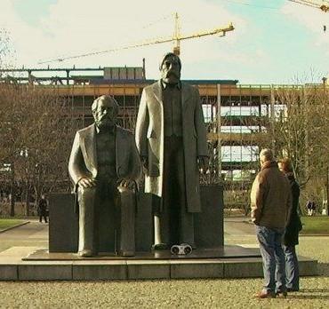 Cuando las ideas desaparecen en los monumentos